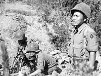 100th Infantry Battalion mortar crew, Italy